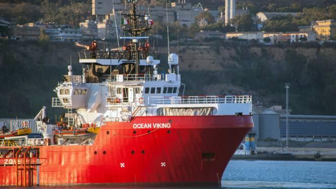 """Italië legt reddingsschip Ocean Viking aan de ketting: """"Te gevaarlijke toestanden"""""""