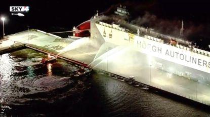 Negen brandweermannen gewond na ontploffing op brandend schip in Florida