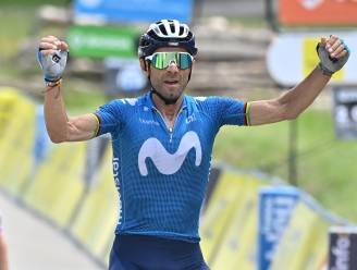41-jarige Alejandro Valverde sprint bergop naar de zege in Dauphiné na spektakelstuk op slotklim