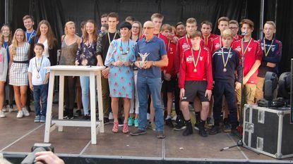 Sportkampioenen gehuldigd door gemeentebestuur