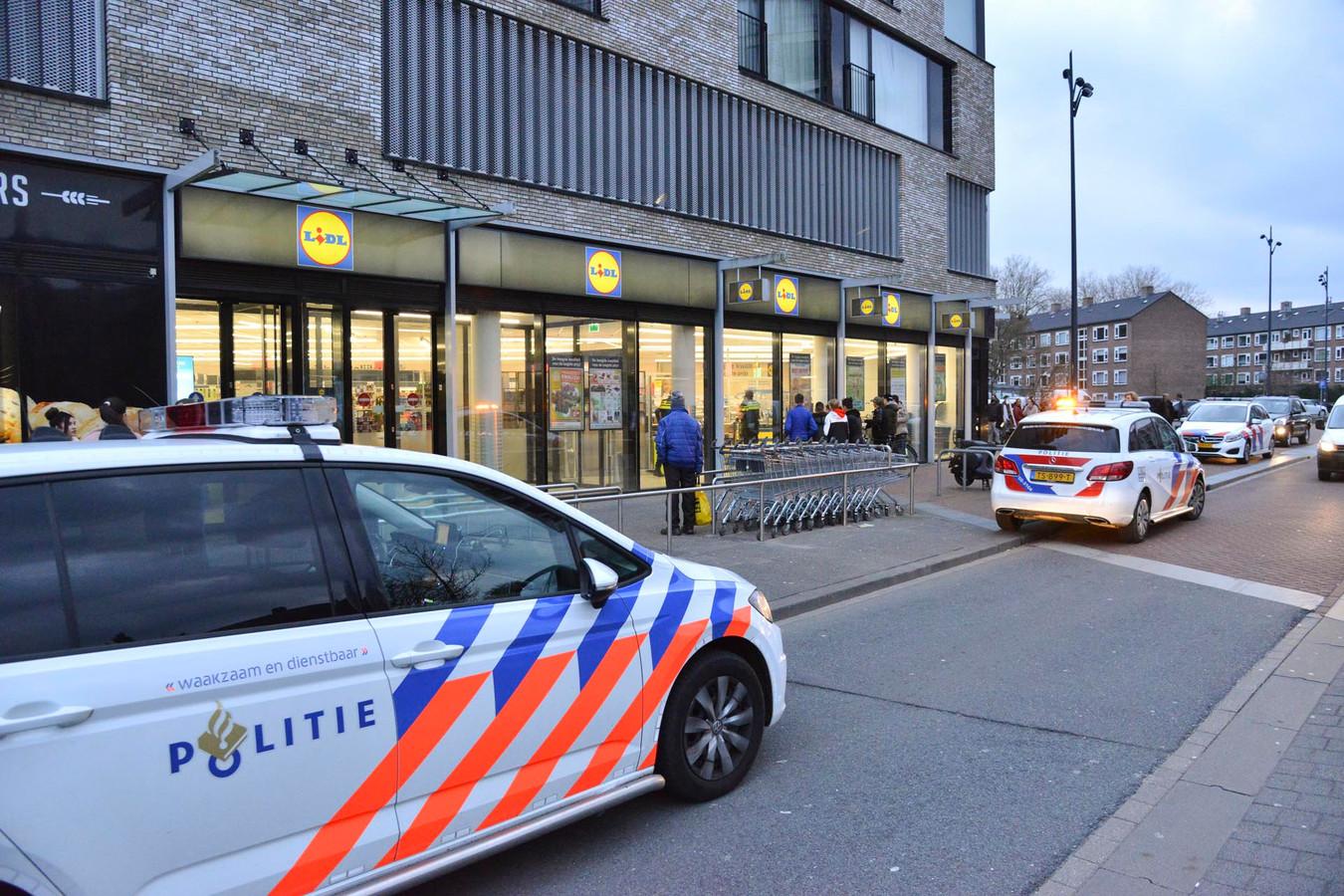 Winkeldief aangehouden in de Dr. Strucykenplein in Breda.