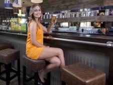 Hollands welvaren: WK-jurkje knelt erg bij grote cupmaat