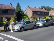 Kop-staartbotsing met drie personenauto's op Asschatterweg