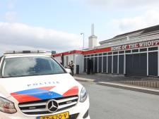 Gewapende overval op Burger King langs A2 bij Bruchem, man aangehouden in Wijk en Aalburg