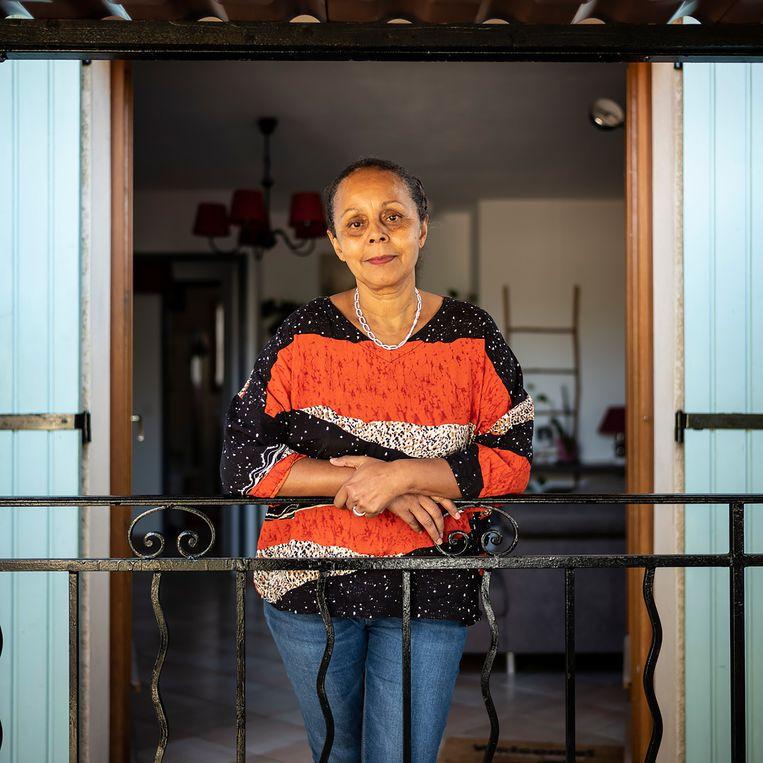 Valérie Andanson is een van de kinderen die werden 'ontvoerd' vanuit het eiland La Réunion. 'In één keer was ik mijn ouders en al mijn broertjes en zusjes kwijt.'  Beeld OLIVIER MONGE