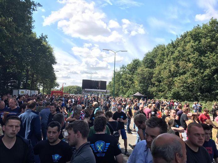 Naar schatting kwamen er zo'n 1500 mensen op het boerenprotest af.