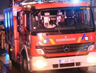 Kachel raakt oververhit in woning, brandweer heeft situatie snel onder controle