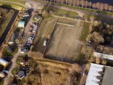 Studio's en woningen op parkeerterrein met plaats voor 120 fietsen aan Poeldonkweg Den Bosch