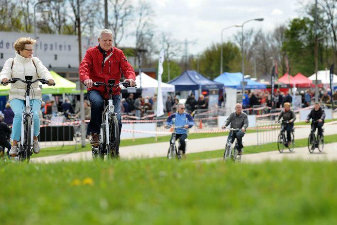 Steeds meer mensen rijden op een elektrische fiets, ook steeds meer mensen raken gedupeerd door diefstal van hun E-bike.
