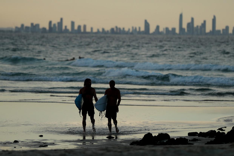 Mensen op het strand in Australië Beeld Getty Images