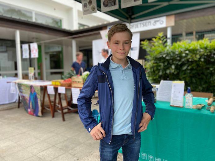 De 13-jarige zwerfvuilruimer Robbe Cantrijn werd gebombardeerd tot één van de zeven duurzame helden uit Brasschaat