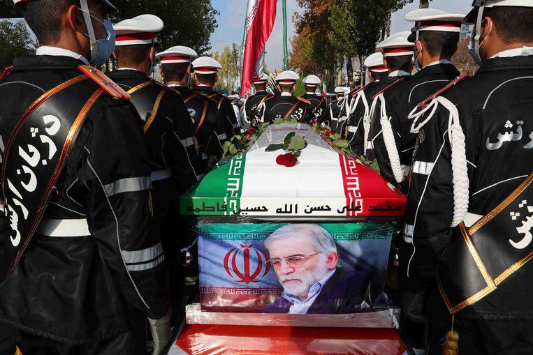 De begrafenis van Mohsen Fakhrizadeh, gisteren. Beeld AP