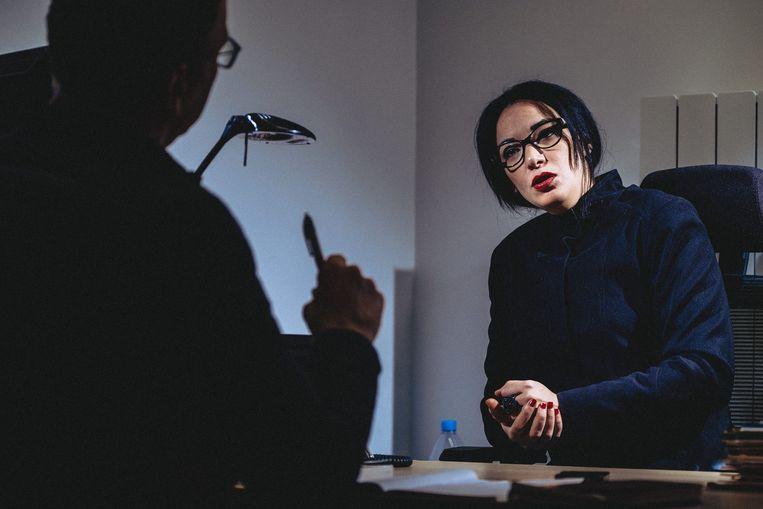 Loubna Abidar: 'Zelfs voor de journalisten was ik een hoer.' Beeld Thomas Sweertvaegher