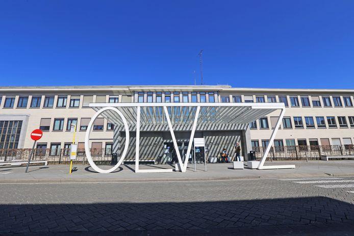 Het OLV Ziekenhuis.