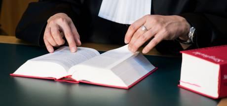 Zaak tegen van ontucht verdachte stiefvader uit Ambacht uitgesteld om nieuwe verklaring