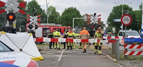 Treinverkeer tussen Nijmegen en Oss tijdelijk stilgelegd vanwege dodelijk ongeluk bij spoorovergang