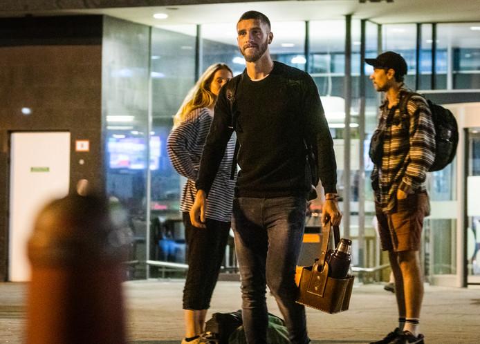 Marco Senesi bij aankomst op Rotterdam Airport.
