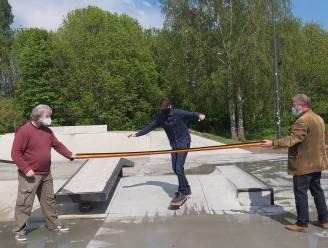 Minister van Jeugd Benjamin Dalle (CD&V) opent vernieuwd skateplein aan sportcentrum