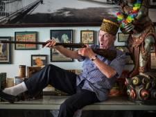 Rasentertainer Robert Kreis (72) speelt grootste theaters van Duitsland plat, maar hier kent niemand hem