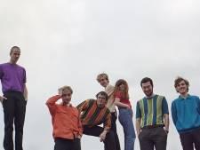 Amsterdamse band Personal Trainer 'haalt afgelopen jaar in' met 24-uursoptreden in Paradiso