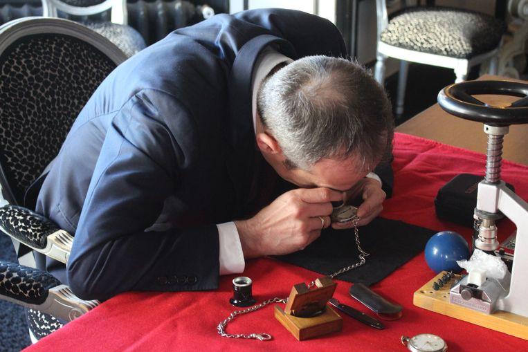 Patrick Hofstetter schatte de horloges. Onder andere van schepen Anthony Wittesaele