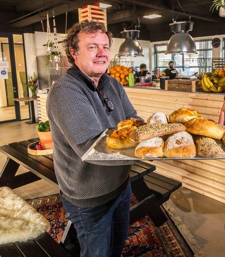 Broodbode opent midden in de crisis tweede vestiging, op Westermaat. Waarom? En nog vier andere vragen aan Herbert Schipholt