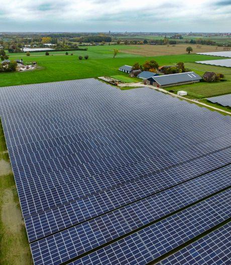 LTO Noord roept staten- en raadsleden op tot 'nee' tegen zonnepark in weiland