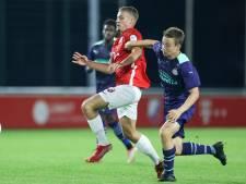 Jong PSV onderuit in Utrecht, Nigel Thomas valt uit met blessure