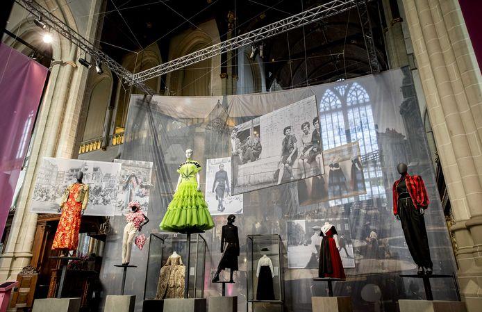Een deel van de expositie Maison Amsterdam in De Nieuwe Kerk.