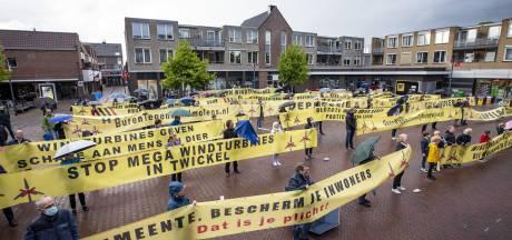 Nieuwe Hengelose stichting maakt werk van strijd tegen windmolens in Woolde: 'Nog lang geen gelopen race'