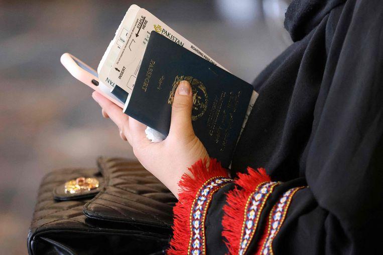 Sinds maandag zijn er ook weer commerciële vluchten van Kabul naar Islamabad mogelijk. Beeld AFP