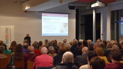 """Humanistisch Verbond organiseerde een lezing over dementie: """"Het thema leeft want de zaal zat helemaal vol"""""""