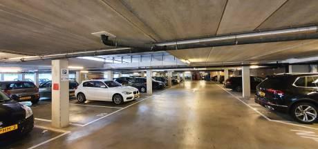 Bewoners van Talent Square raken hun parkeerplekken kwijt aan bouwvakkers: 'Hier wonen niet alleen studenten met een fiets'