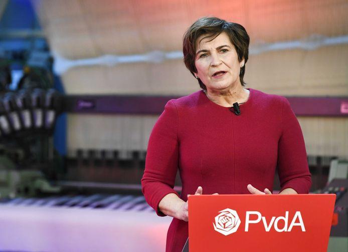 PvdA-lijsttrekker Lilianne Ploumen in het Textielmuseum in Tilburg tijdens de viering van het 75 jaar bestaan van de PvdA én de campagneaftrap van haar partij.