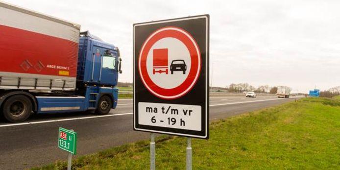 Steeds vaker belanden voetgangers op de snelweg