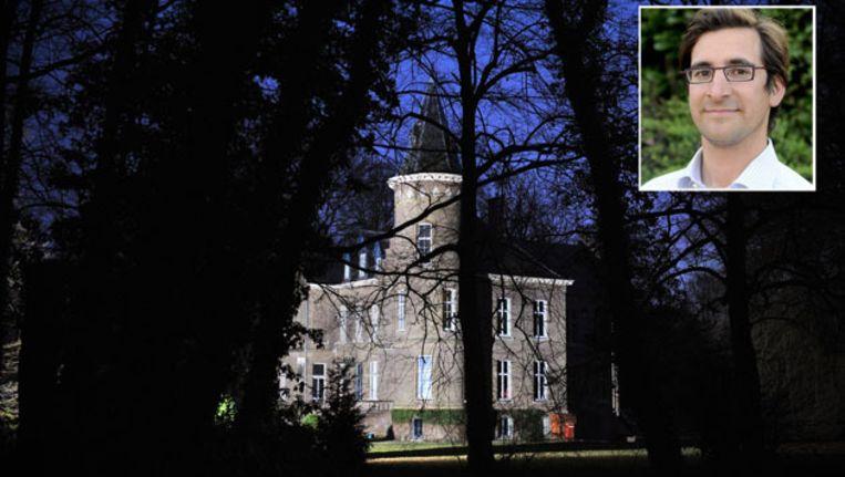 De 34-jarige Stijn Saelens (inzet) woonde in het kasteel in Wingene. Beeld AFP