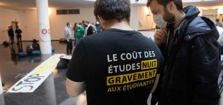 Des étudiants occupent le siège du gouvernement de la Fédération Wallonie-Bruxelles