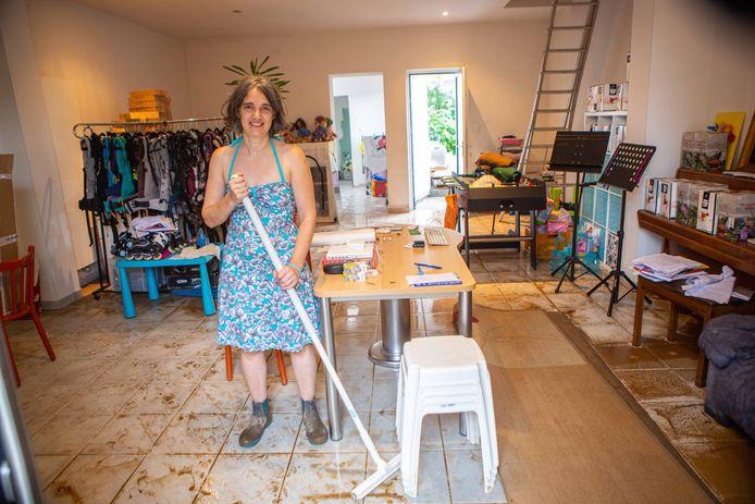 Leentje Van Dijck haar woning kwam helemaal onder water te staan.