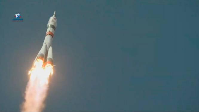 Sojoez-raket ter ere van eerste ruimtereiziger op weg naar ruimtestation ISS