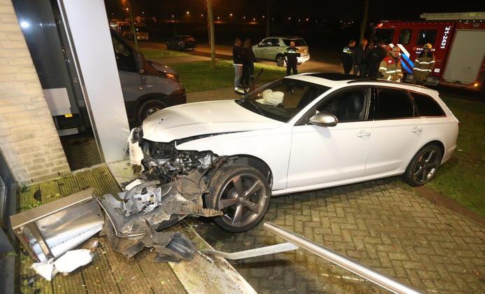 De auto raakte van de weg.
