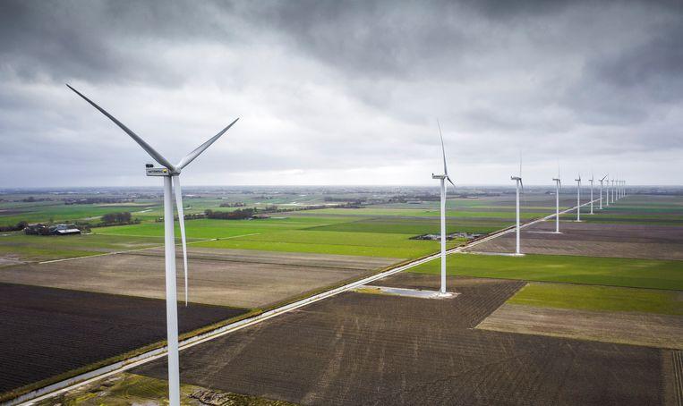 Windmolens van Vattenfall bij Middenmeer in Noord Holland. Weinig burgers zijn blij met windmolens in hun omgeving.  Beeld Freek van den Bergh / de Volkskrant