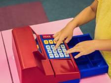 Zo voed je je kind financieel op: 'Het helpt om een zakgeldcontract op te stellen'