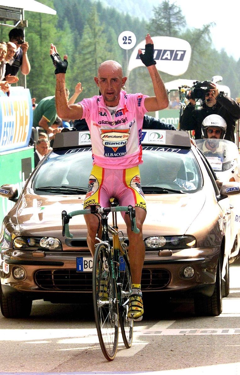 Marco Pantani tijdens de Giro in 1999 Beeld anp