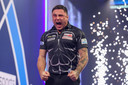 Gerwyn Price is door naar de finale.