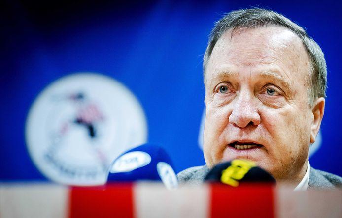 Sparta Rotterdam trainer Dick Advocaat tijdens de presentatie in het Kasteel.