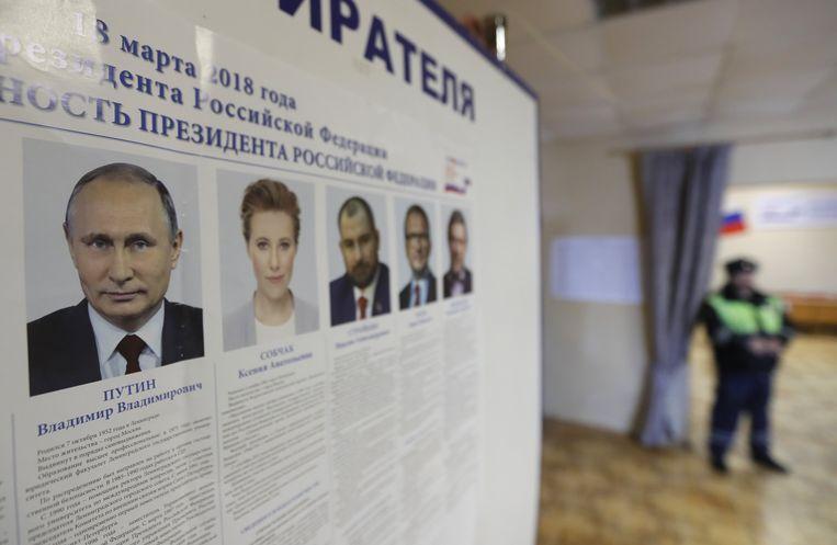 Een stembureau in Borovsk, ongeveer honderd kilometer van Moskou. Beeld EPA