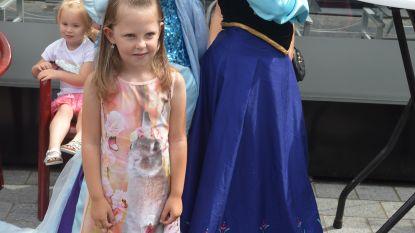Prinsessen te gast op zomerkermis