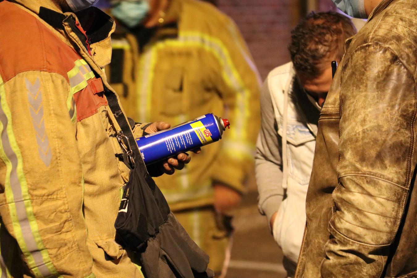 Deze spuitbus zorgde voor de explosie.