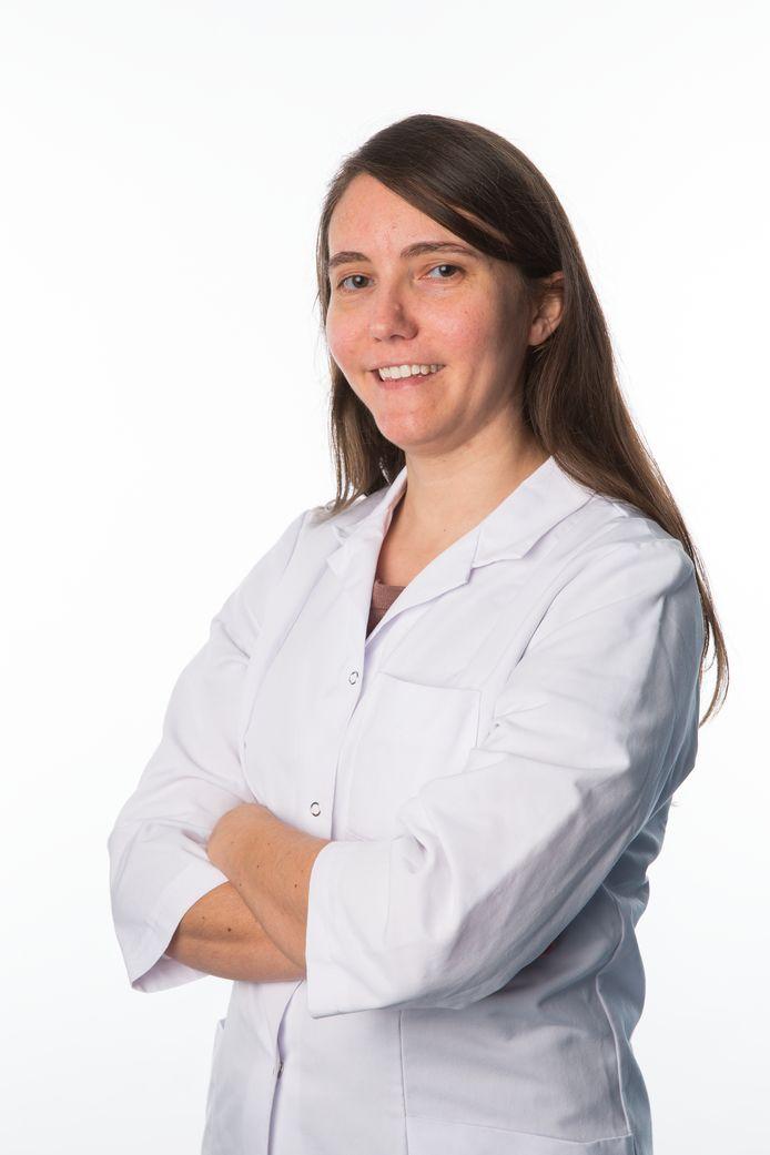 Dr. Nathalie Blockx.