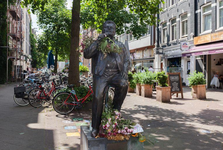 Het standbeeld van André Hazes. Beeld Nina Schollaardt